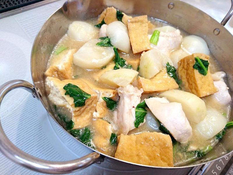 厚揚げと鶏むね肉のかぶ煮