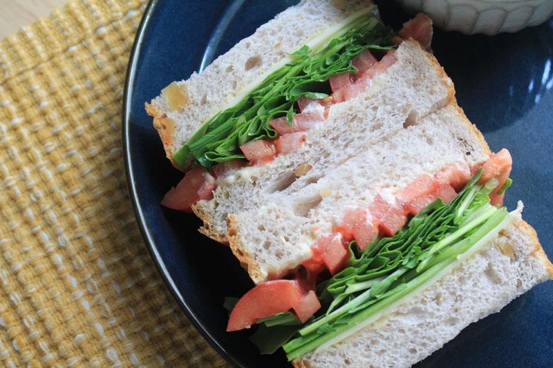 ルッコラとチーズのサンドイッチ-完成