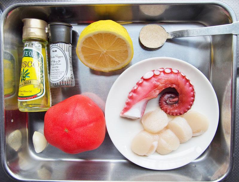 トマトと魚介のマリネ-材料
