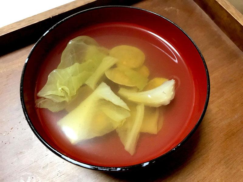 キャベツとあさりの生姜スープ