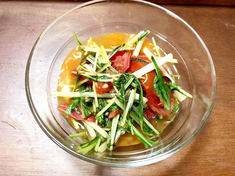 水菜とトマトのオリーブオイル蒸し